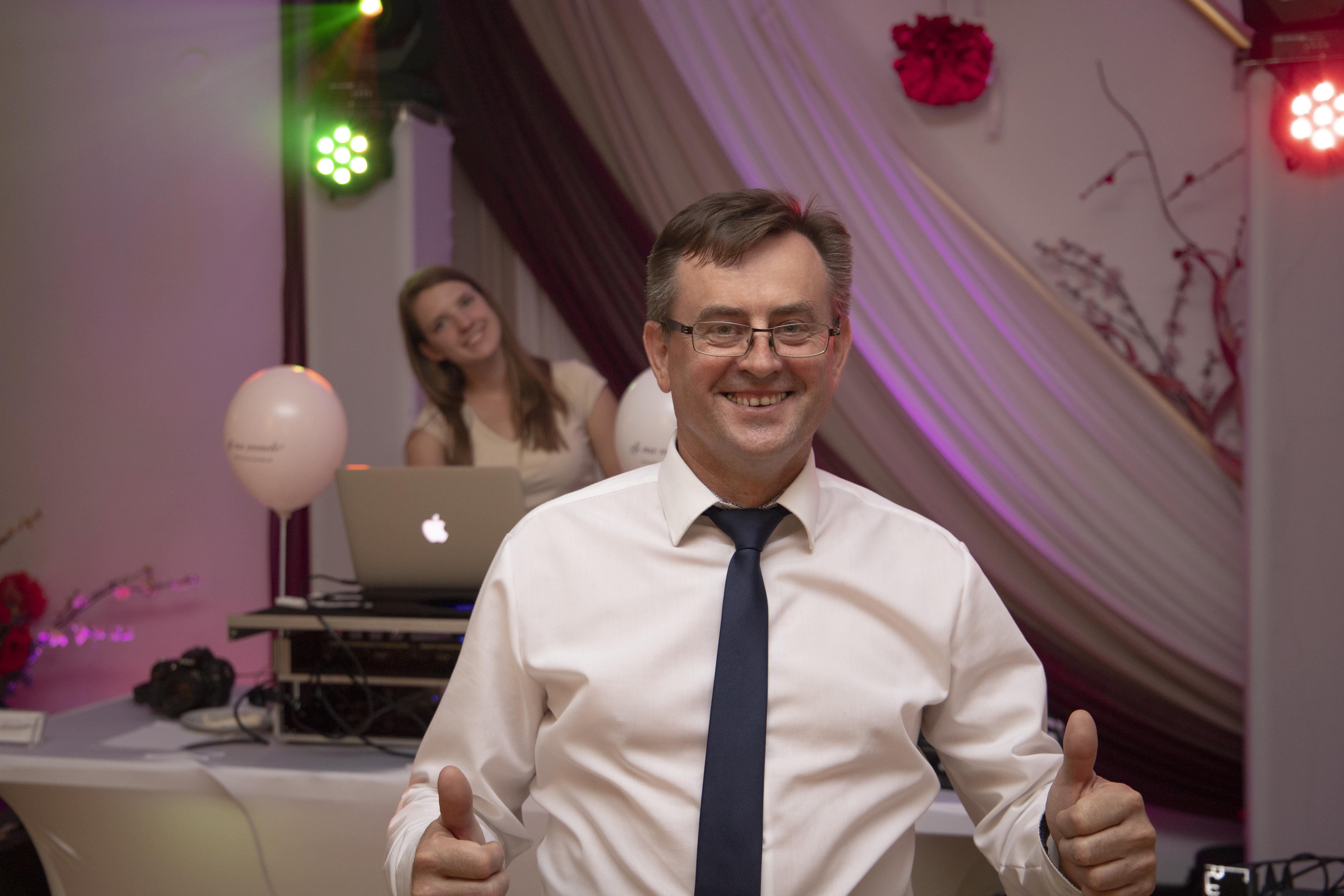Dj na wesele dj-na-wesle_biesiada_dj_impreza wesele dj saksofon akordeon mikrofon wodzirej